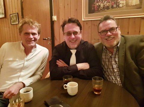 BRØDRENE BROTHERS: Fra venstre Hugo Stokkan, Ketil Stokkan og Terje Flaaten-Stokkan i hyggelig lag. Lørdag kveld er Ketil i ilden i MGP.