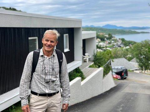 FORNØYD: – Det er veldig fint at familiens bolig har fått så mye oppmerksomhet. Huset har betydd mye for oss, sier Gunnar Ag.