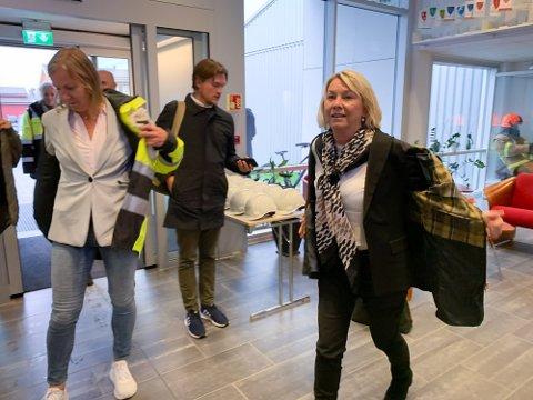 JUSTISMINISTER: Her ankommer Monica Mæland brannskolen på Tjeldsund i 2020.