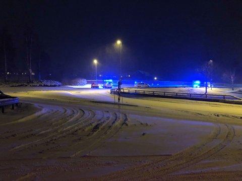 ULYKKE: To biler involvert i en påkjørsel bakfra fredag ettermiddag i Mulekrysset.