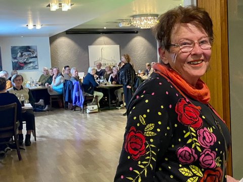 SUKSESS: Laila Aunet er leder for SOS Barnebyer, Levanger-gruppas moteshow. Hun er godt fornøyd med både oppmøte og bidragsytere.