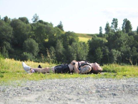 BEINA SA STOPP: Gårsdagen løp han syv mil. Dagen etter skulle ikke beina tåle den harde belastningen.