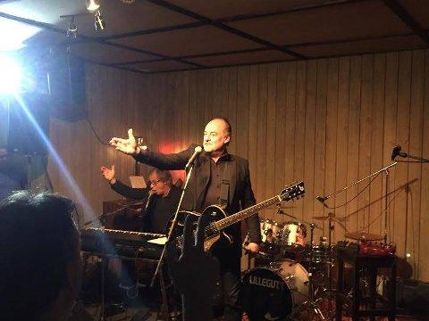 NOK EN ELDAR: Eldar Vågan spilte under RåTystock i Tyst Bar i februar 2016.