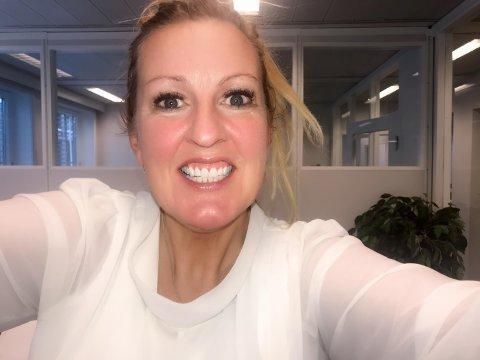 Solfrid Flateby (44) har tatt av tannreguleringen etter 14 måneder.
