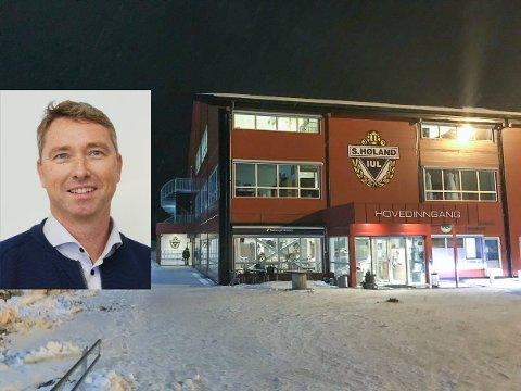 Idrettslagsleder Raymond Hesthaug er strålende fornøyd med utviklingen i Søndrehallen, som er Søndre Høland IULs storstue på Hemnes.