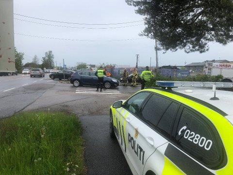 Fotgjengeren ble påkjørt ved Orderudvegen på Sørumsand ved 18-tiden søndag. Foto: Vidar Sandnes