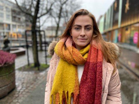FIKK HJELP: Gabrielle Bjarnøy er takknemlig for all hjelp hun har fått av utekontaktene i Aurskog-Høland kommune, og legger ikke skjul på at hun kanskje ikke ville vært her i dag, hadde det ikke vært for dem.