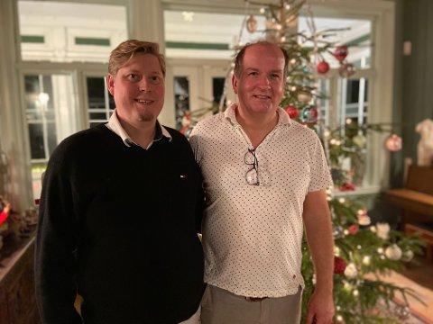 ALL IN: Samboerparet Robert Randal (t.v.) og Anders Bjørnstad har gått all in i år hva gjelder julepyntet hus.