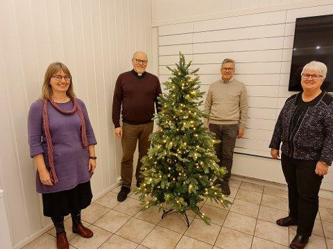 ANNERLEDES JULAFTEN: Sokneprestene Hanne Sinkerud (t.v.), Bjørn Skogstad, Gunnar Øvstegård og Unni Sveistrup er klare for annerledes julaftensgudstjenester i Aurskog-Høland i 2020.