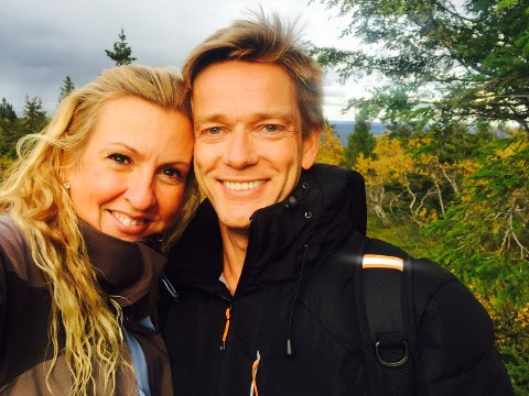 Må utsette: Solfrid Flateby og Kjartan Eide skulle giftet seg 9. mai, men koronapandemien satt en stopper for planene. Inntil videre.
