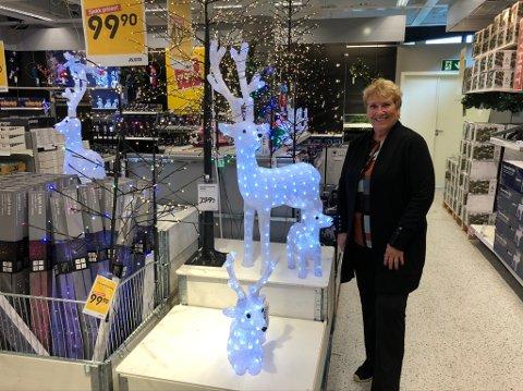 – Jeg er veldig glad i jul, men ikke i september, sier Lillian Svendsen.