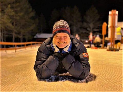 TOK UTFORDRINGEN: – Jeg er dypt imponert over dugnadsinnsatsen, sier driftsansvarlig i skiklubben Ole Kristian Amundsen som kan puste ut etter at avviklingen av helgas renn sto til toppkarakter hos Norges skiskytterforbund. Foto: Privat