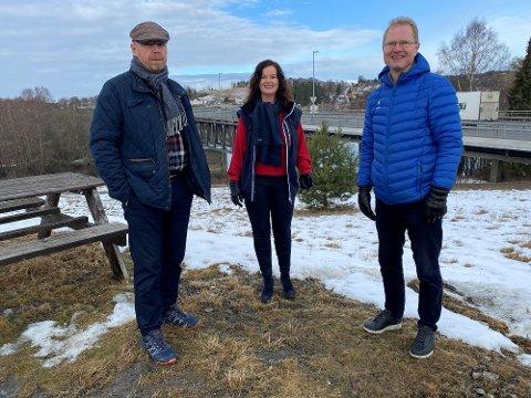 VIL HA OMKAMP: Frp- representantene Ronny Røste, Liv Gustavsen, og Tor Andre Johnsen, vil løfte opp Glommakrysningen til Stortinget.