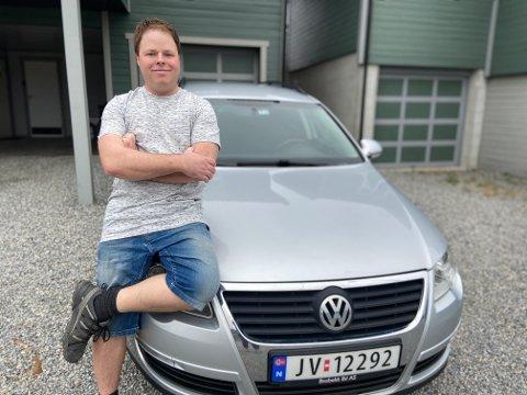 Jon Petter Sandem fra Løken solgte bruktbilen tvert og til prisforlangende, men har ingen planer om å bli bilselger.
