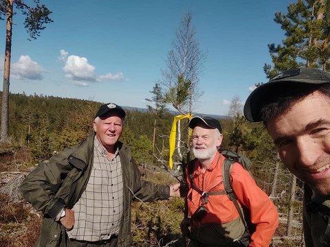 Terje Borgersrud (t.v.), Kjell Langsrud og Petter Simonsen er blant dem som skal sette i stand Timianruta, en kurerrute fra krigens dager. Foto: Privat