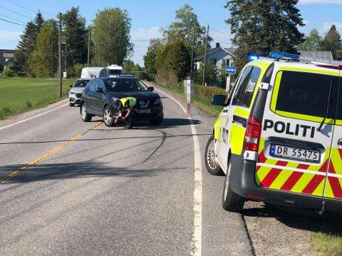 LETTERE SKADD: En MC-fører slal være antatt lettere skadd etter å ha kollidert med en bil på Frogner lørdag ettermiddag.