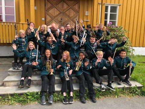 SEIER: Medlemmene i Blaker Skolemusikkorps kan juble over seieren i NM.