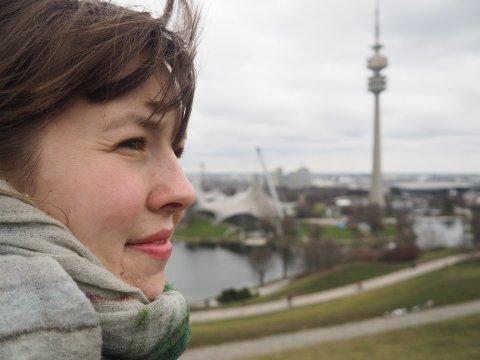 – Jeg er veldig glad i bygda vår, og nå står tettstedet Bjørkelangen foran et veivalg, sier landskapsarkitekt Helene Hoel Oppegaard.