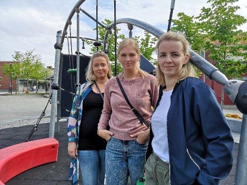 NEST SISTE KULLET: Mosjøen fikk disse tre sykepleierne takket være tilbudet i Sandnessjøen. Fra venstre: Slje Storå, Regine Amundsen og Kristina Paulsen.