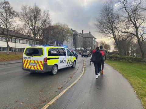 ULYKKE: Fredag var tre biler involvert i en trafikkulykke i nærheten av sykehuset i Sandnessjøen.
