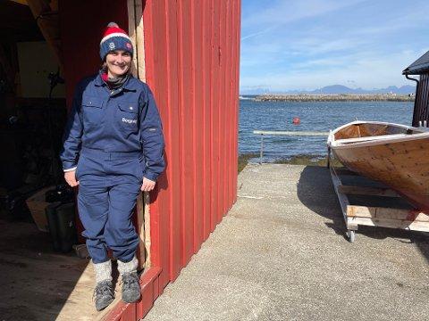 GRÜNDER: Borghild Thomassen og brødrene har startet med utleie av aktivitetsutstyr på Lovund.