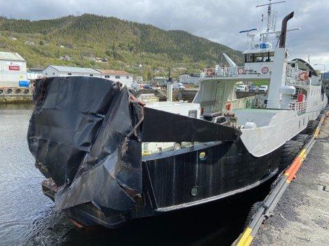 Kraftig smell: Baugen på ferga ble totalt ødelagt etter sammenstøtet med en containerbåt i Mosjøen havn 20. mai.