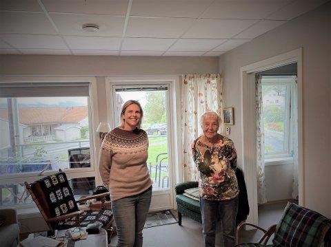 Leder i Fremskrittspartiet, Sylvi Listhaug, besøkte denne uka Helgeland, og et av besøkende gikk til sykehjemmet i Leirfjord. Her sammen med beboer Hjørdis Fisknæs (96).