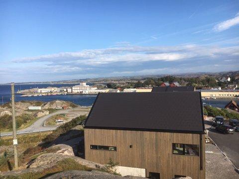 SIREVÅG: Utbyggjar valde å starta bygginga før alle husa var selde.