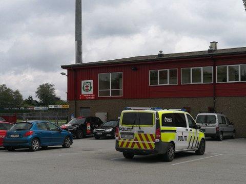 POLITIBESØK: Bryne FK fekk frastjålet en bil natt til tirsdag.