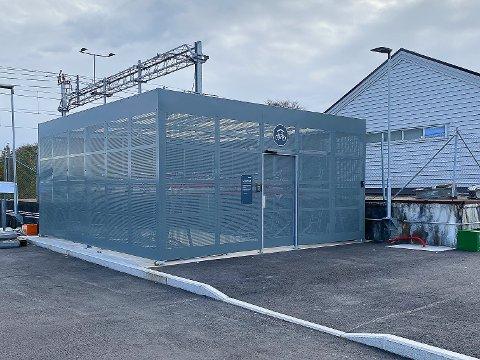 SYKKELHOTELL: Slik ser dte nye sykkelhotellet på Klepp stasjon ut.