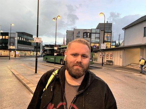 HAR FLYTTA: – Eg kjenner folk som har flytta frå Lye til Bryne når barna er blitt ungdommar, på grunn av det dårlege kollektivtilbodet, seier Alexander Hagenes, som gler seg over at busstilbodet no blir utvida.