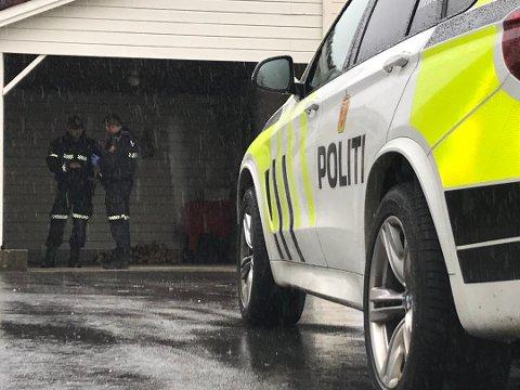 VOLD: Søndag ettermiddag ble en mann i 30-årene pågrepet på Varhaug for å ha utøvet vold mot en mann rundt samme alder. Fornærmede ble sendt til sykehuset med skader i overkroppen.