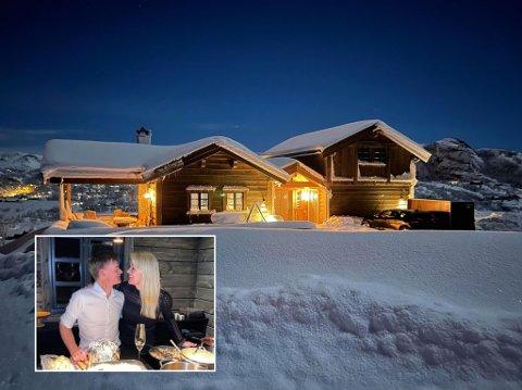 DRØMMEHYTTE: Annelin og Bård Tangen Mjølne har bygget et hjem nummer to i Sirdal. Klikk på pilen til høyre for bildekarusell.