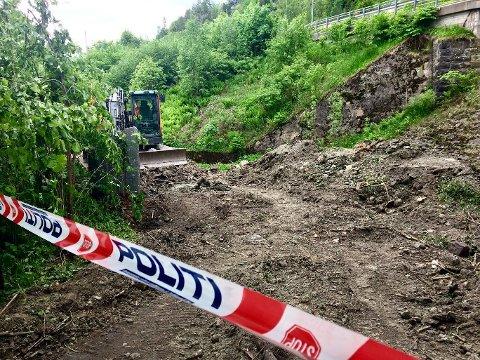 FUNNSTEDET: Her, ved den nedlagte jernbanetunnelen ved Smørstein, ble gjenstanden funnet.