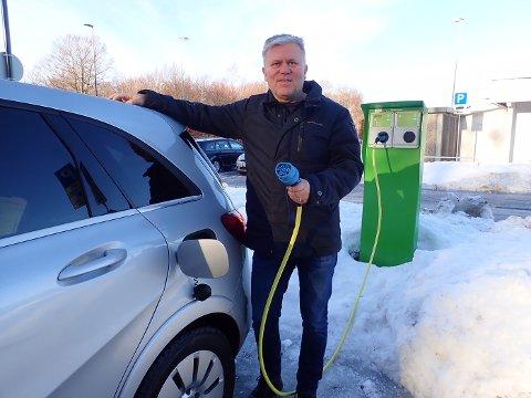 SKAPTE DEBATT: Jim Pedersen provoserte mange ved å kritisere elbilordningen i Holmestrand. Foto Privat