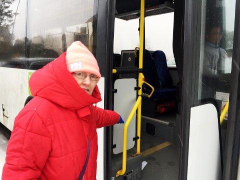 MISTER TILBUDET: Randi Astad er blant beboerne i Barlinveien som snart mister busstilbudet i nærområdet.