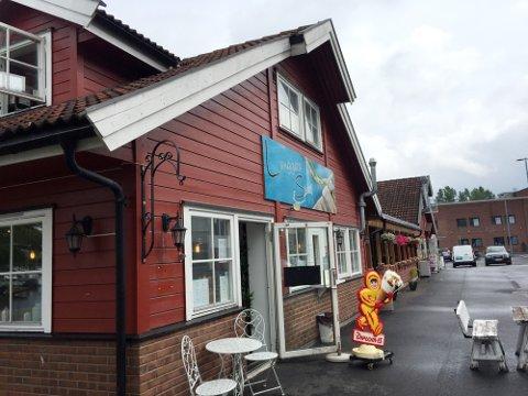 INSPEKSJON: Langgata Spiseri er det hittil siste av spisestedene i Holmestrand som har hatt Mattilsynets inspektører på besøk i år.