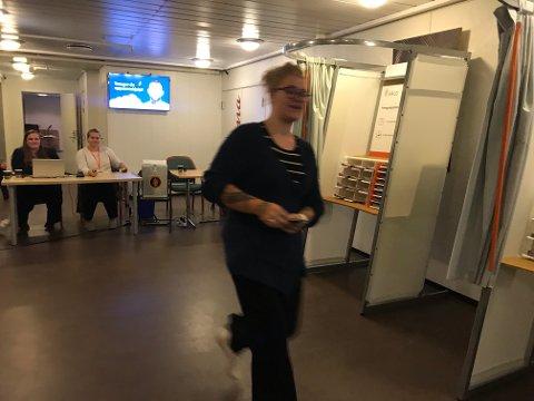 SISTEMANN: Lotte Torgersen Linge-Klovland var den siste som stemte på Biorama.