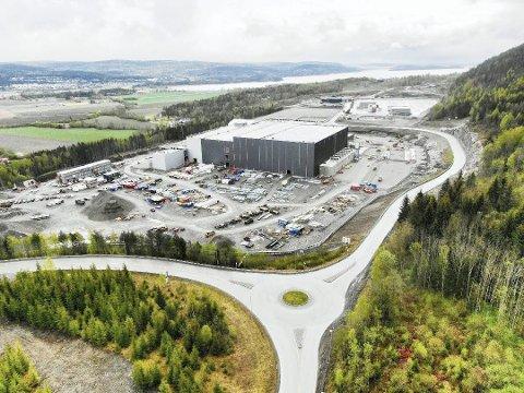 Vokser fort: PERI AS i høyre bakkant av bildet er snart klare for åpning. Foto: Svein-Ivar Pedersen
