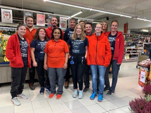 En spent gjeng: Allerede regionvinnere, men også nominert til Årets butikk er Extra på Gullhaug: Foto: Extra