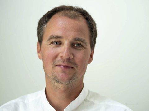 Ny mann: Henning Johannessen er ny lærer i visuell-kunst ved Holmestrand kulturskole.