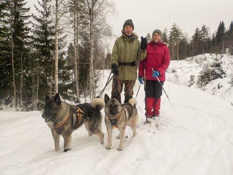 LEGGER REISEPLANER: Jan Grønseth og Anita Fredheim gleder seg til sommerens rundtur i Norge.