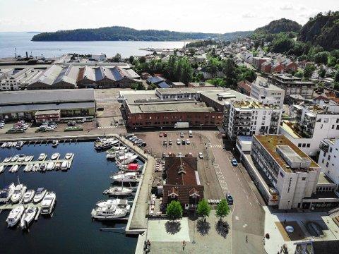 RETT TIL VÆRS: Holmestrand har de nest høyeste bokostnadene av kommunene i Vestfold.