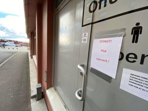 På grunn av stadig hærverk er det offentlige toalettet i Tordenskjoldsgate stengt. Det rimer dårlig med åpning av gjestehavna forrige helg.