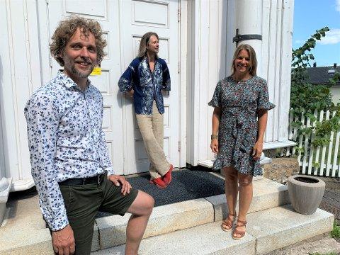 SOMMERKONSERT: Jan-Tore Saltnes, Aare-Paul Lattik og May-Britt Forsberg skal sammen med fiolinist Diana Moisejenkaite opptre i KulturYkirka i Holmestrand søndag.