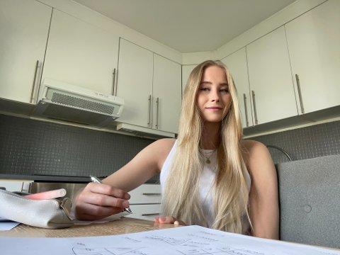 KARAKTER F: – Jeg har aldri vært noe særlig skoleflink, og selv om det er høy strykprosent på denne eksamenen, trodde og følte jeg at jeg hadde forberedt meg godt nok, sier Betina Claesson.