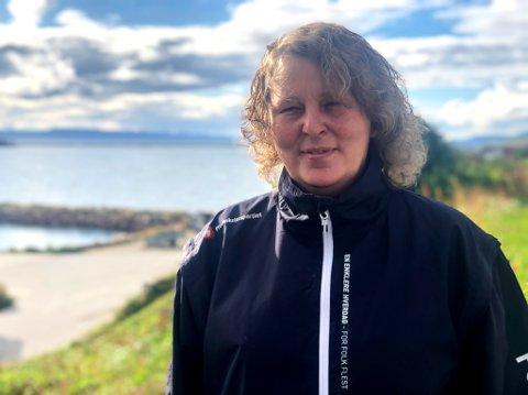 KRITISK: Ann-Hege Graftås leder Sør-Varanger Fremskrittsparti og er kritisk til asylmottak i Sør-Varanger. Hun mener kommunen først må få sine egne tjenester på stell før man blir vertskommune for et mottak.