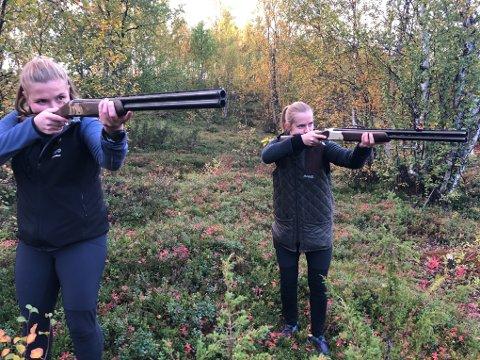 SIKTER: Maiken Monsen og Mina Grav med nye ryper i siktet.
