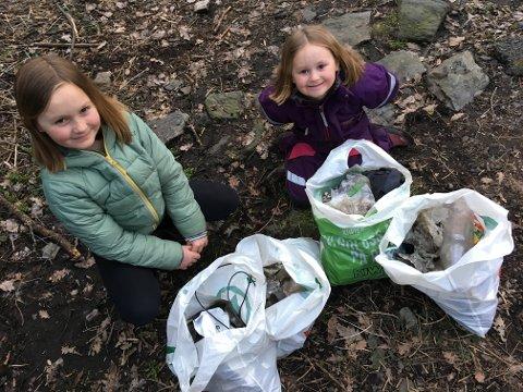 - RYDD SØPPEL: Daisy Rosa og søsteren Lilly Angel ryddet sammen med mammaen Zara Andrea Liane Lavik fire poster søppel ved Kivletrappa. Et eksempel til etterfølgelse.