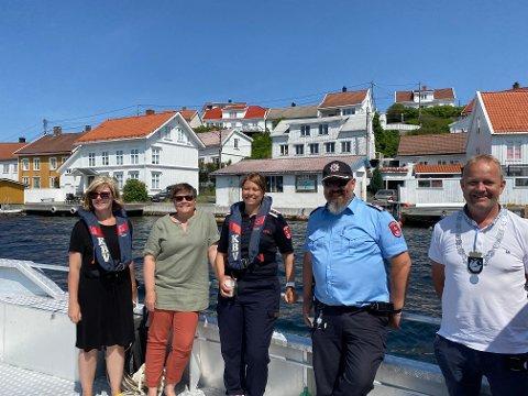 FORNØYDE: Inga Nina Isaksen, Tanja Røskar, Anne Lise Lønne, Morten Dalen og Grunde Knudsen er glade for at tre bebyggelsen i Kragerø er enda mer beskyttet.